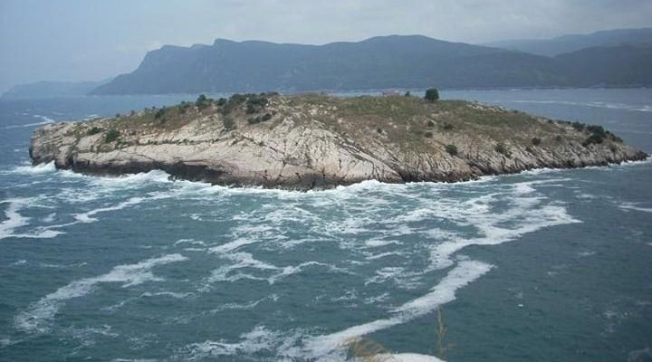 Tapelerdeki ada pazarlığı doğrulandı