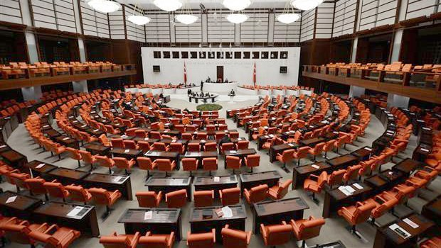 Demokratikleşme Paketi kabul edildi