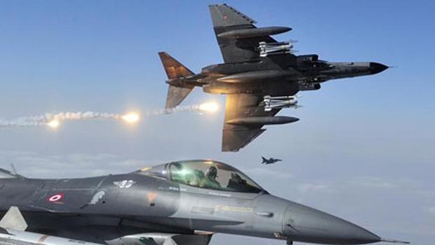 Rus uçağını F16'lar önledi