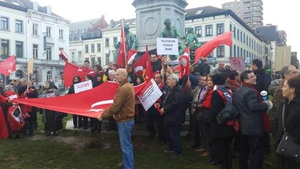 Brüksel'de 'yolsuzluğa hayır' gösterisi