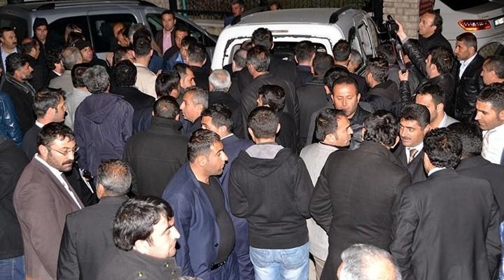 Van'da AKP'lilere taşlı sopalı saldırı
