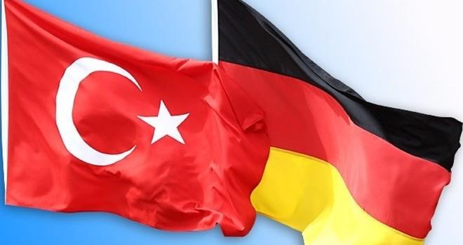Almanya'dan  devrim gibi karar