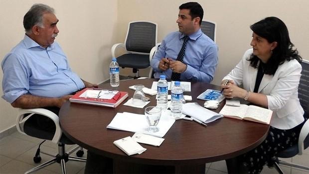 Öcalan 'Başkan Barzani olsun'