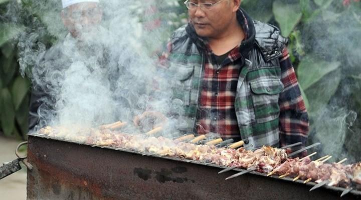 Sokaklarda kebap pişirilmesi yasaklandı