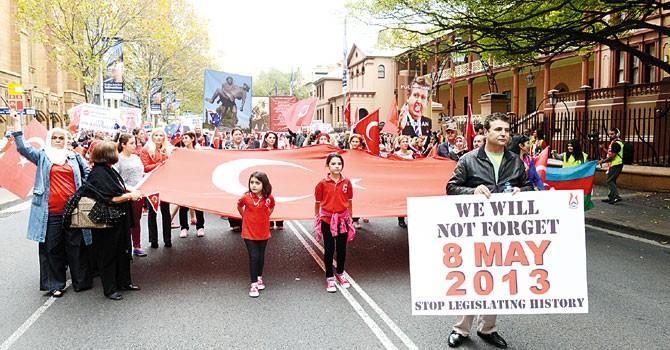 Ermeni Yalanına karşı Türk eylemi!