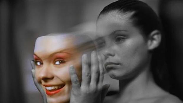 'Şizofreniyi üfürükçüler çözebilir'