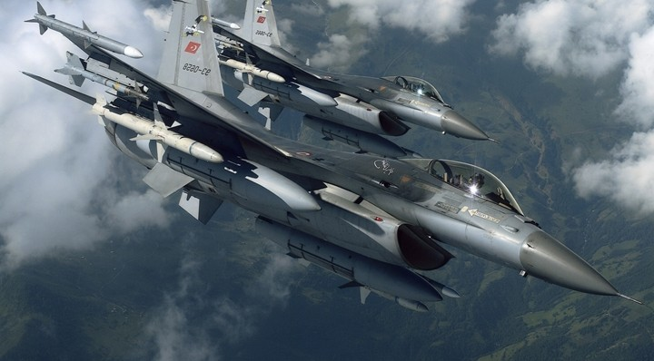 Türk F-16'lar sınırda