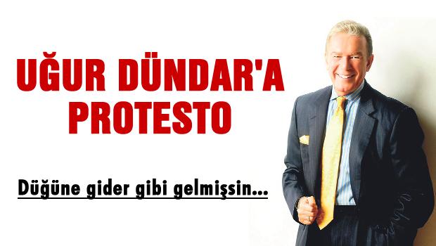 Uğur Dündar'a protesto: 'Düğüne gider gibi gelmişsin, git buradan...'