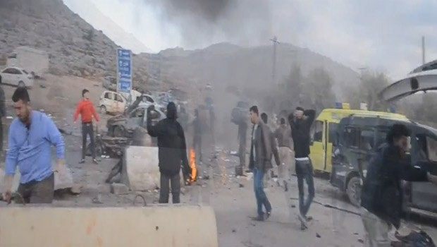 Türkiye-Suriye sınırında çifte patlama