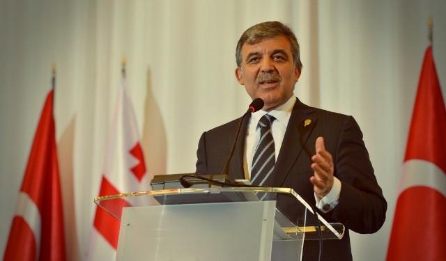 İşçiler Abdullah Gül'ün yolunu kesti