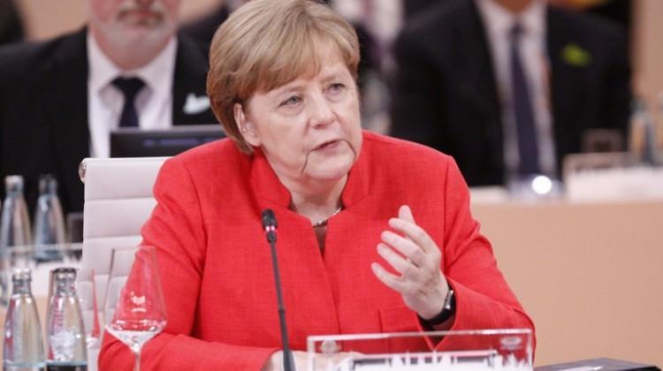 Almanya'dan Geri Adım Merkel'den Flaş Türkiye Açıklaması