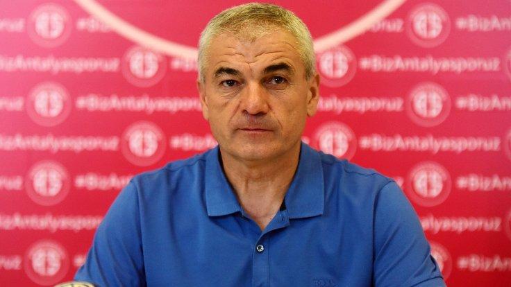 Trobzonspor Yeni Hoca İle Anlaştı
