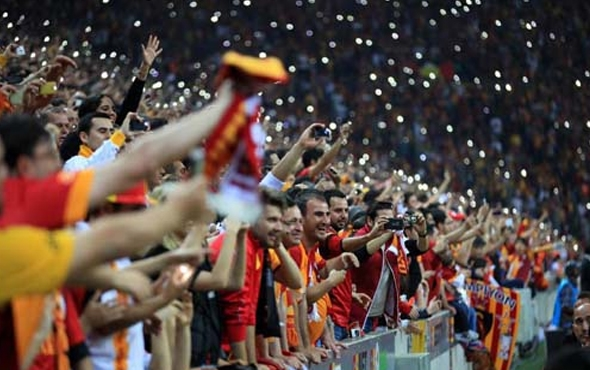 Galatasaray Tribünlerinde Dev Hazırlık! Yıllar Sonra Derbi Rekoru
