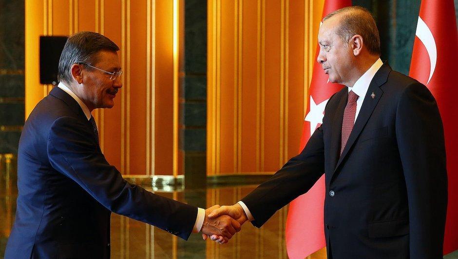 Gökçek Erdoğan'a İstifa Yerine Dosya Sundu