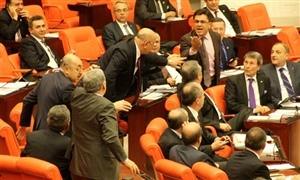 CHP ile BDP'liler birbirine girdi