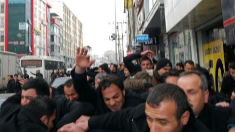 AKP'li adayın korumaları ateş açtı