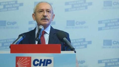 CHP adaylara taahhütname imzalattı