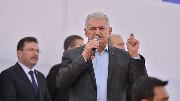 Başbakan Hakkarilere Kürtçe seslendi: 'Sersera, serçave'