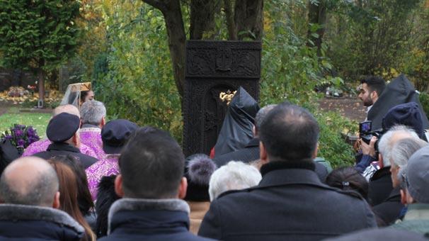 Almanya'da Ermeni anıtı skandalı