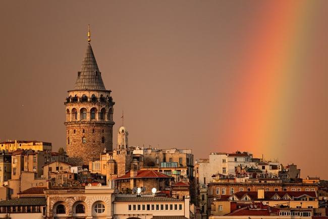 İstanbul'da 3 meydana yeni isim