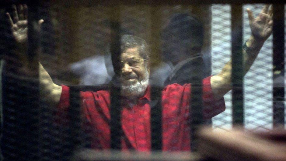 Mısır eski  Cumhurbaşkanı Mursi'nin durumu ağır