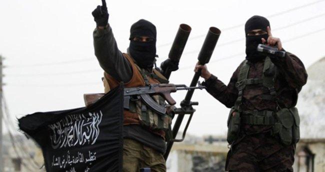 Rusya'dan Ankara'ya: El Nusra'yı yok etmekten vazgeçmeyeceğiz
