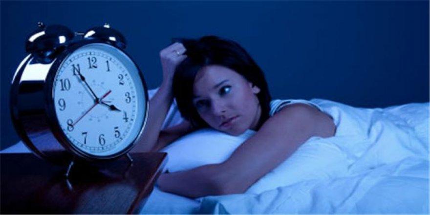 Uzmanlar uyarıyor: Uyku probleminizi hafife almayın!