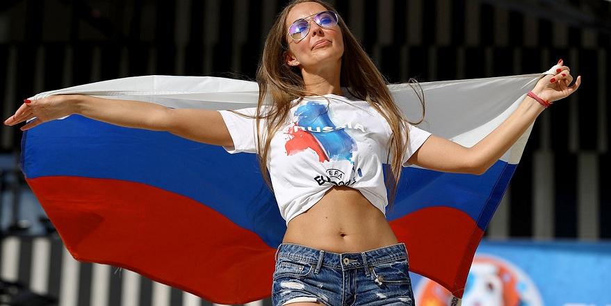 Ruslar sınırdışı ediliyor