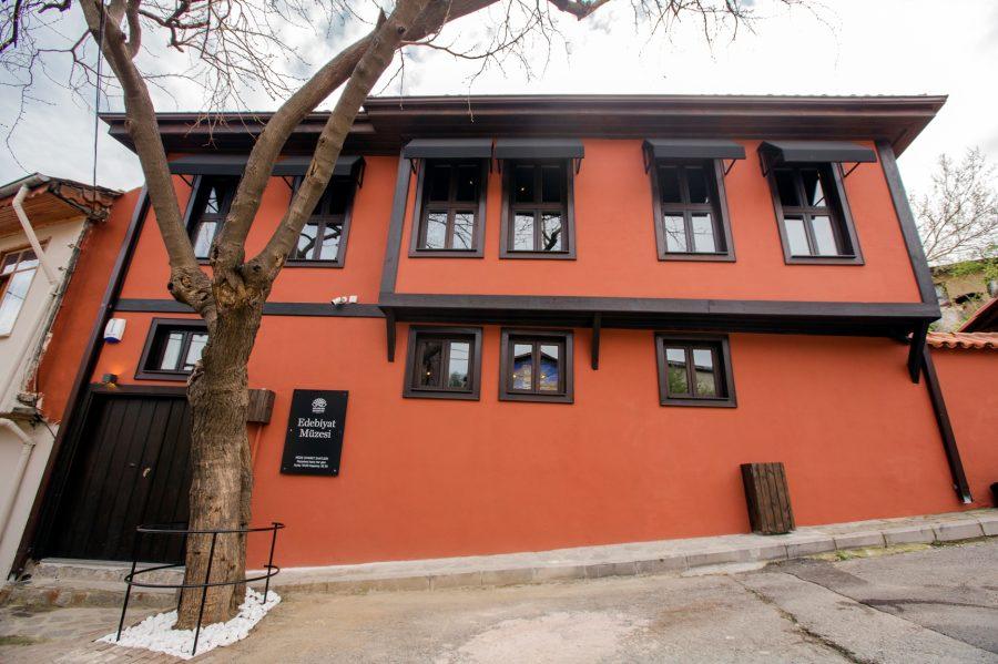 Alanında İlk Ve Tek Edebiyat Müzesi Bursa'da Açıldı