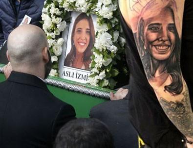 İran'da düşen uçak kazasında ölen Aslı İzmirli'yi koluna kazıttı!