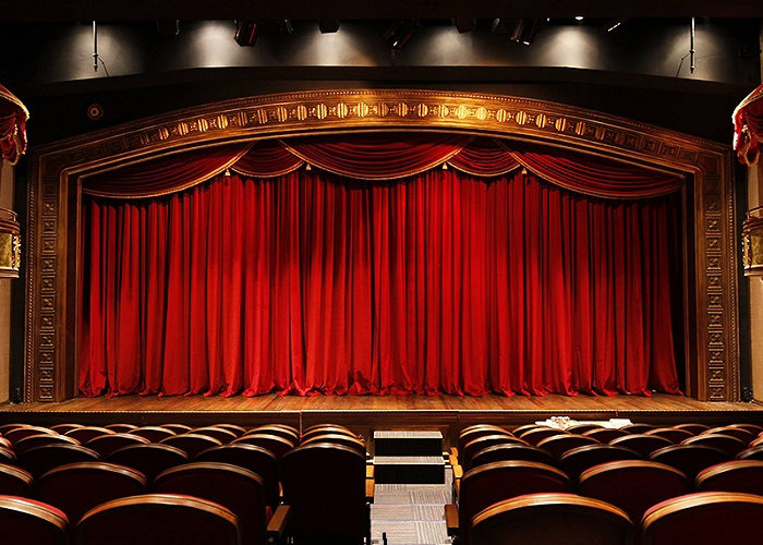 Devlet Tiyatroları perdelerini kapattı