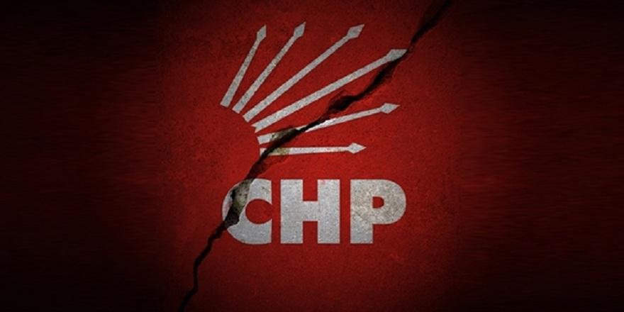 CHP'ye haciz şoku: Başkan kapıyı kilitledi