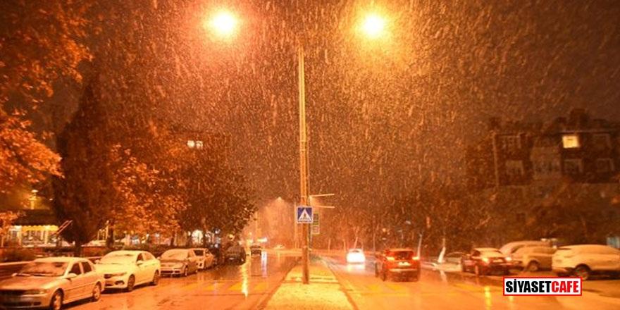 Edirne'de kar yağışı başladı! İstanbul'a geliyor