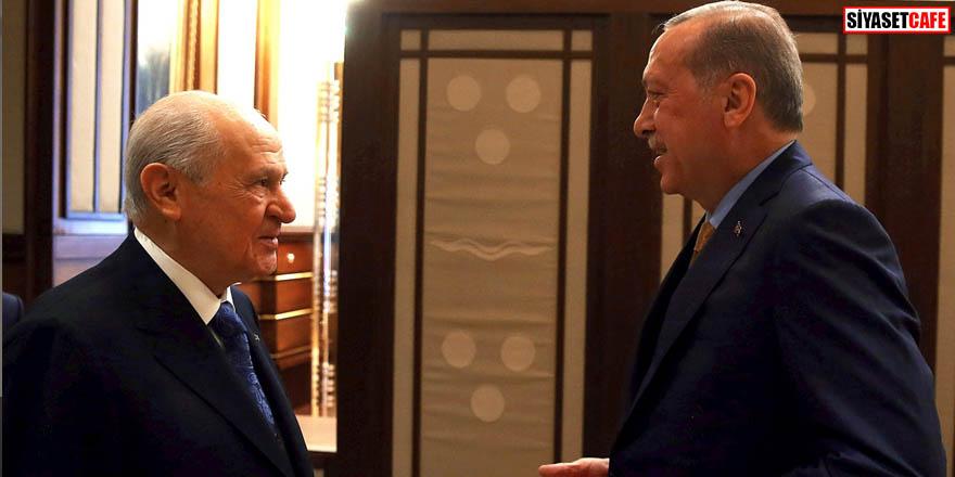 AKP 6 ili MHP'ye bırakacak mı? Canlı yayında açıkladı
