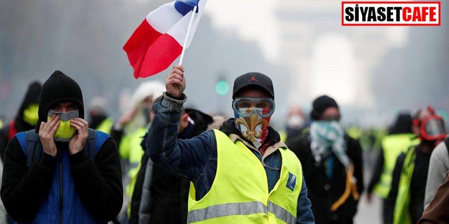 Fransa teyakkuzda! 65 bin polis göreve çağırıldı