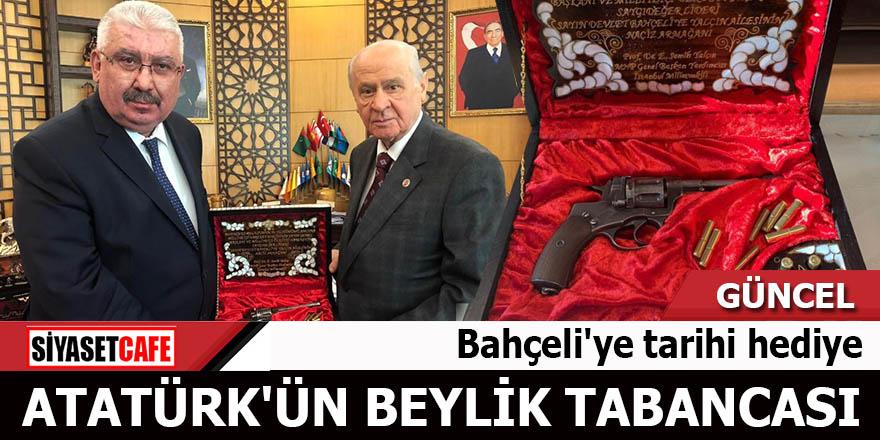 Bahçeli'ye tarihi hediye Atatürk'ün beylik tabancası