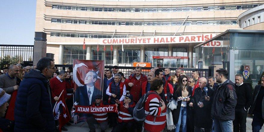 'Kırmızı Yelekliler' Ankara'da: Kılıçtaroğlu yanlıştan dön