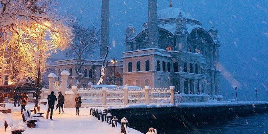Meteoroloji tarih verdi: İstanbul'a kar ne zaman gelecek?