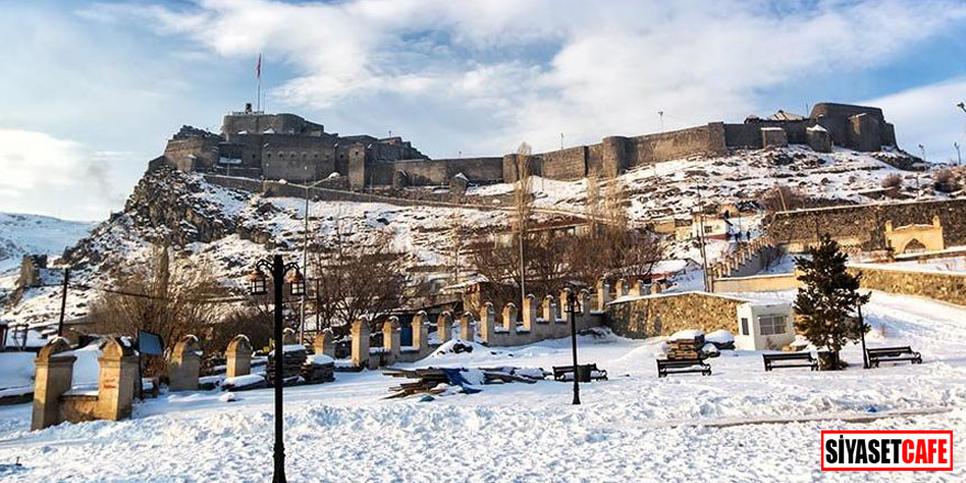 Dört mevsimi ayrı güzel: Kars Kalesi