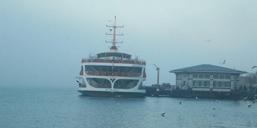 Yoğun sis nedeniyle tüm deniz seferleri iptal oldu