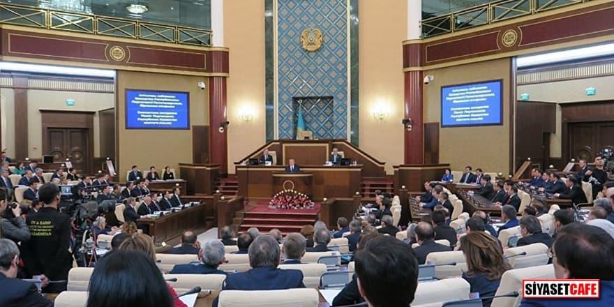 Kazakistan'da hükümetten flaş karar!