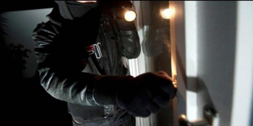 Hukuk doçenti önerdi: Hırsızın elini keselim