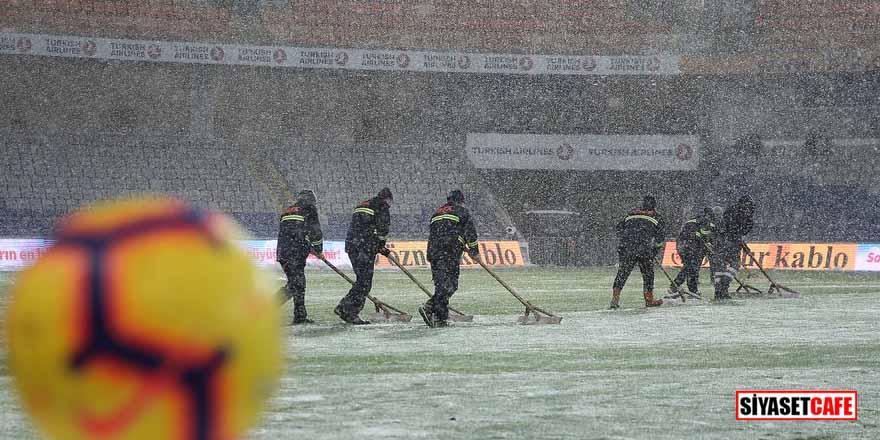 Başakşehir – Bursaspor maçı neden ertelendi? Kulüp başkanları açıkladı…