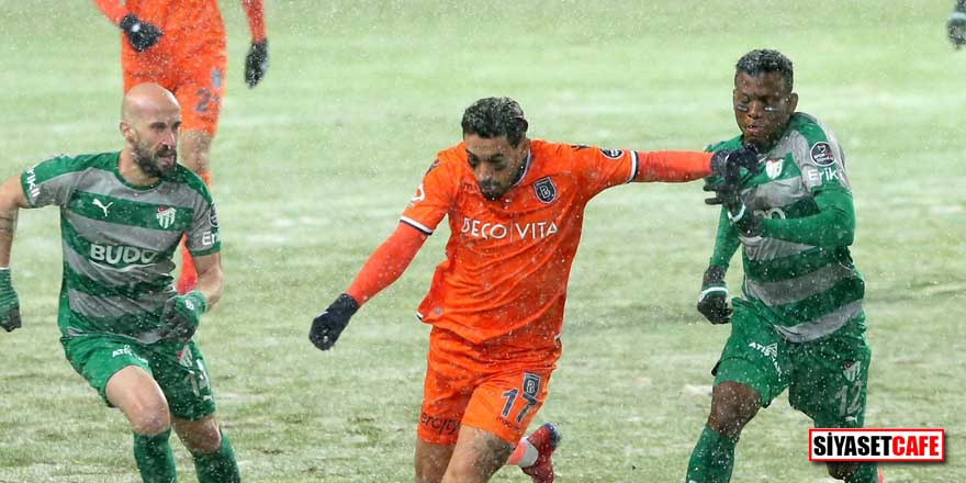 Başakşehir 3 puanı 3 golle aldı