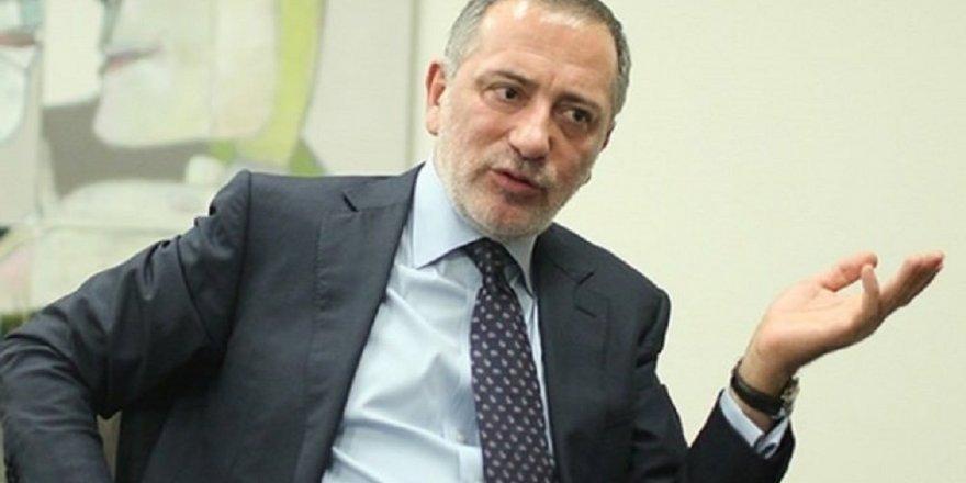 Fatih Altaylı yeni partinin adını yazdı