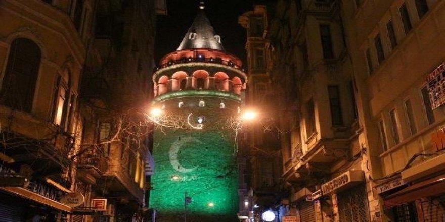 İstanbul yeşile örtündü!