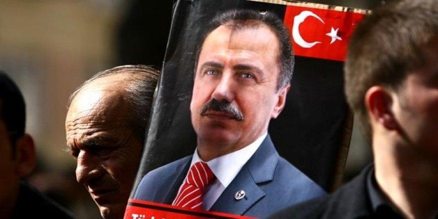 'Muhsin Yazıcıoğlu Ödülleri' sahiplerine verildi