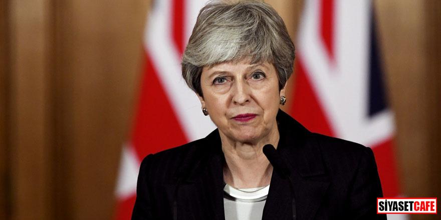 İngiltere Başbakanı May'den sürpriz istifa çıkışı!