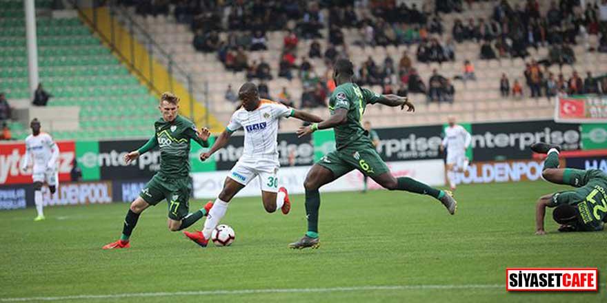 Alanyaspor, Bursaspor'u ateşe attı! Tek gol, 3 puan