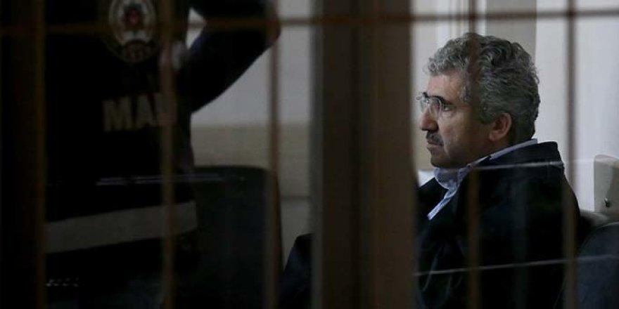 Gözaltına alınan eski ÖSYM Başkanı Ali Demir Ankara'ya getirildi